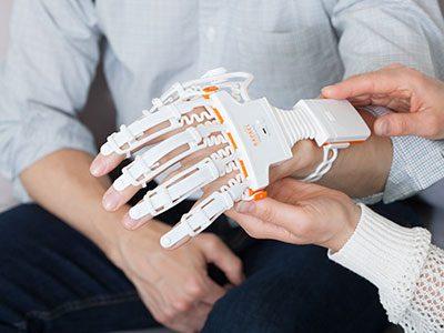 Training mit dem Smart Glove von Neofect
